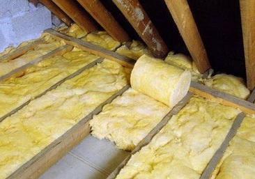 Утепление потолка пенопластом и минеральной ватой