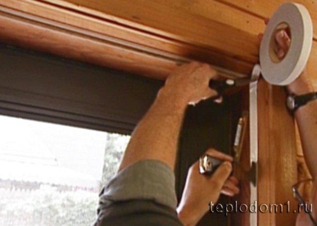 Укладка уплотнителя для дверей