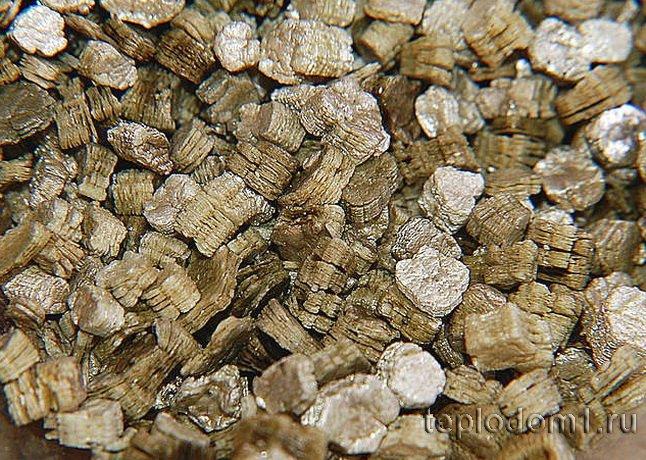 Природный слюдистый минерал вермикулит
