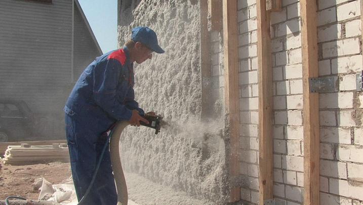 Задувка эковаты на стену - утепление стен под сайдинг