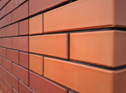 Фасадный слой трехслойной стены