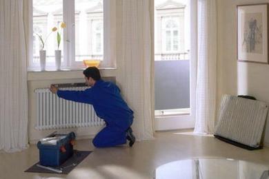 Отопление в доме должны монтировать специалисты