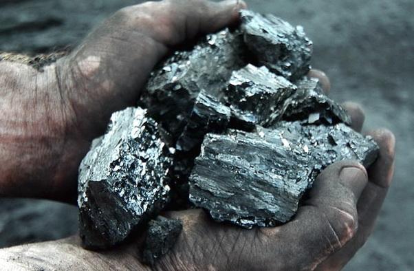 Уголь - удобное топливо, если речь идет о частном доме