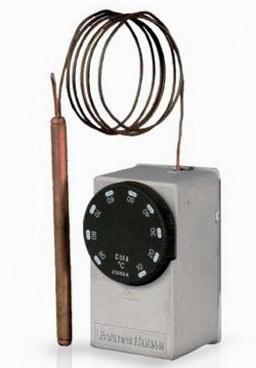 Насос можно включить с помощью термостата по определенной схеме