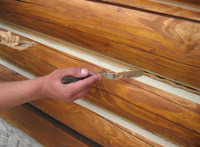 Швы в деревянном доме должны быть законопачены