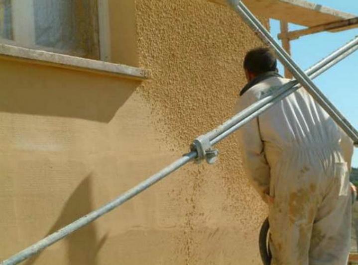 Нанесение тонкосолойной штукатурки на слой утеплителя на фасаде