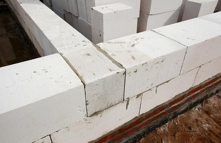Стены из теплых материалов для южных районов