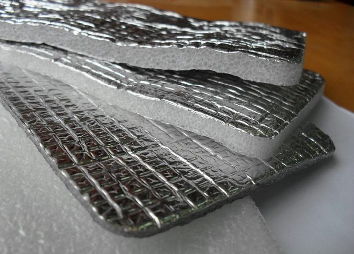 фольгированные утеплители не стоит применять под бетонной стяжкой