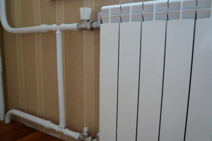 Замена радиатора, подключение к старому трубопроводу