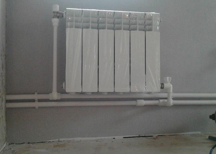 алюмниевый радиатор, подключение в тупиковой схеме разводки