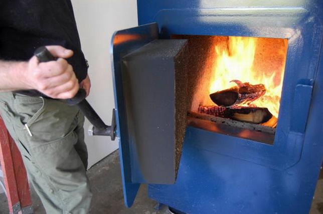 Отопление частного дома твердым топливом — экономичное решение