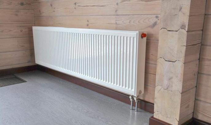 Приятный дизайн в с радиатором отопления в частном доме