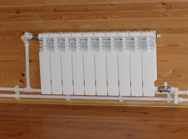 Установка термоголовки и балансировочного клапана