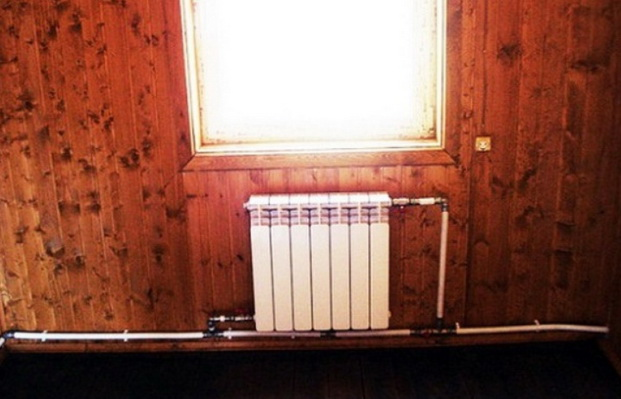 Один радиатор подключенный на одну трубу
