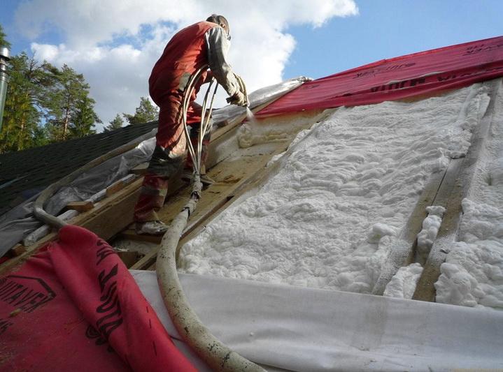 Крыша утепляется пенополиуретаном