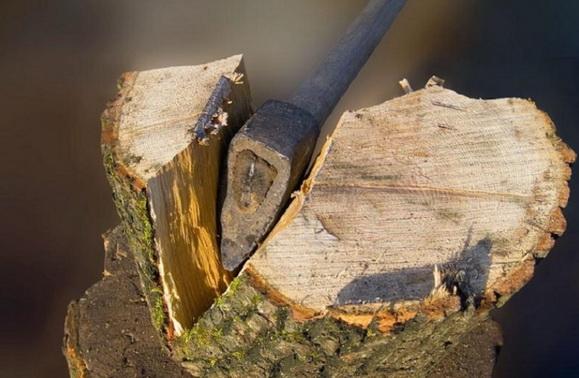 Раскалывание дров