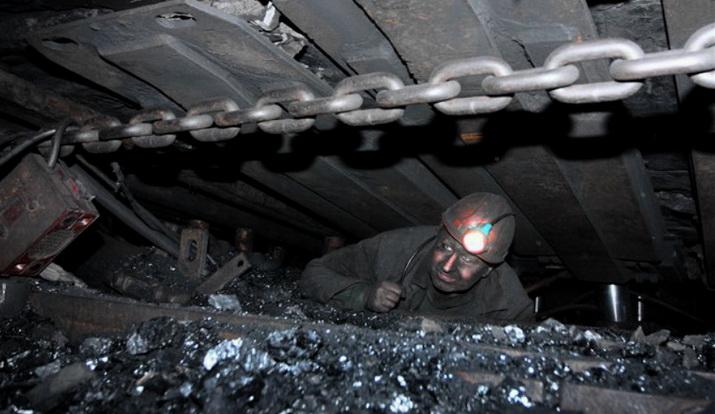Как уголь добывают шахтеры