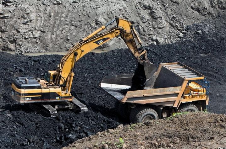 Отргрузка угля в карьере