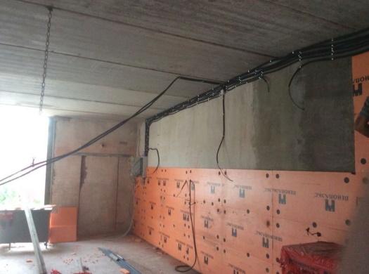 Утепленная стена в гараже