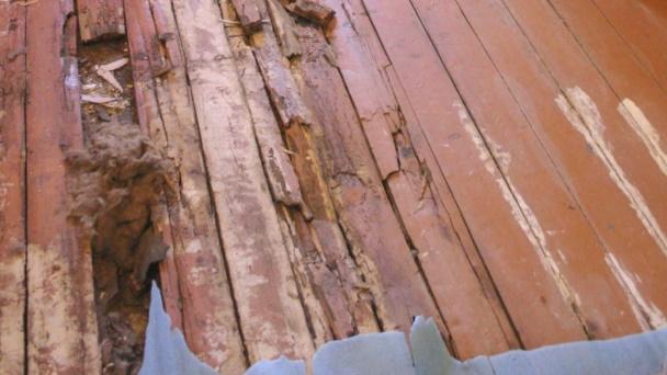 Как утеплить пол в старом доме, в том числе не снимая покрытия