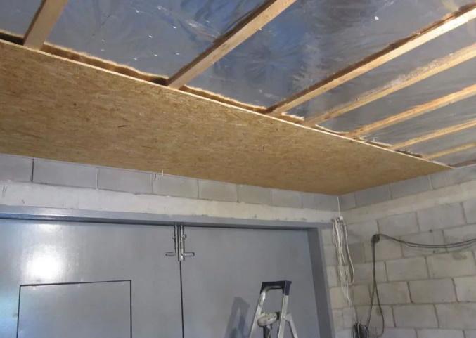 подвесной потолок в гараже